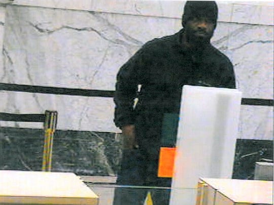 York police are looking for thise suspected bank robber.