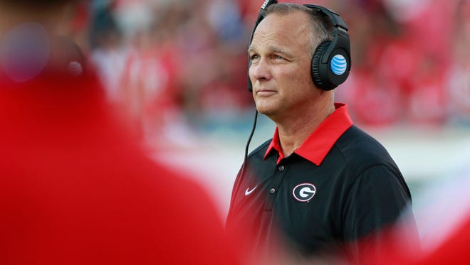Oct 31, 2015; Jacksonville, FL, USA; Georgia Bulldogs head coach Mark Richt looks on against the Florida Gators during the second half at EverBank Stadium. Florida Gators defeated the Georgia Bulldogs 27-3.