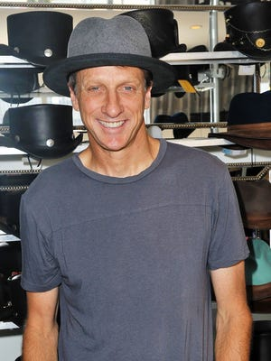 813034326.jpg BEVERLY HILLS, CA - JULY 11:  Tony Hawk attends the GBK Pre-ESPY Event at Luxe On Rodeo Drive on July 11, 2017 in Beverly Hills, California.  (Photo by Jerod Harris/Getty Images for GBK Productions)