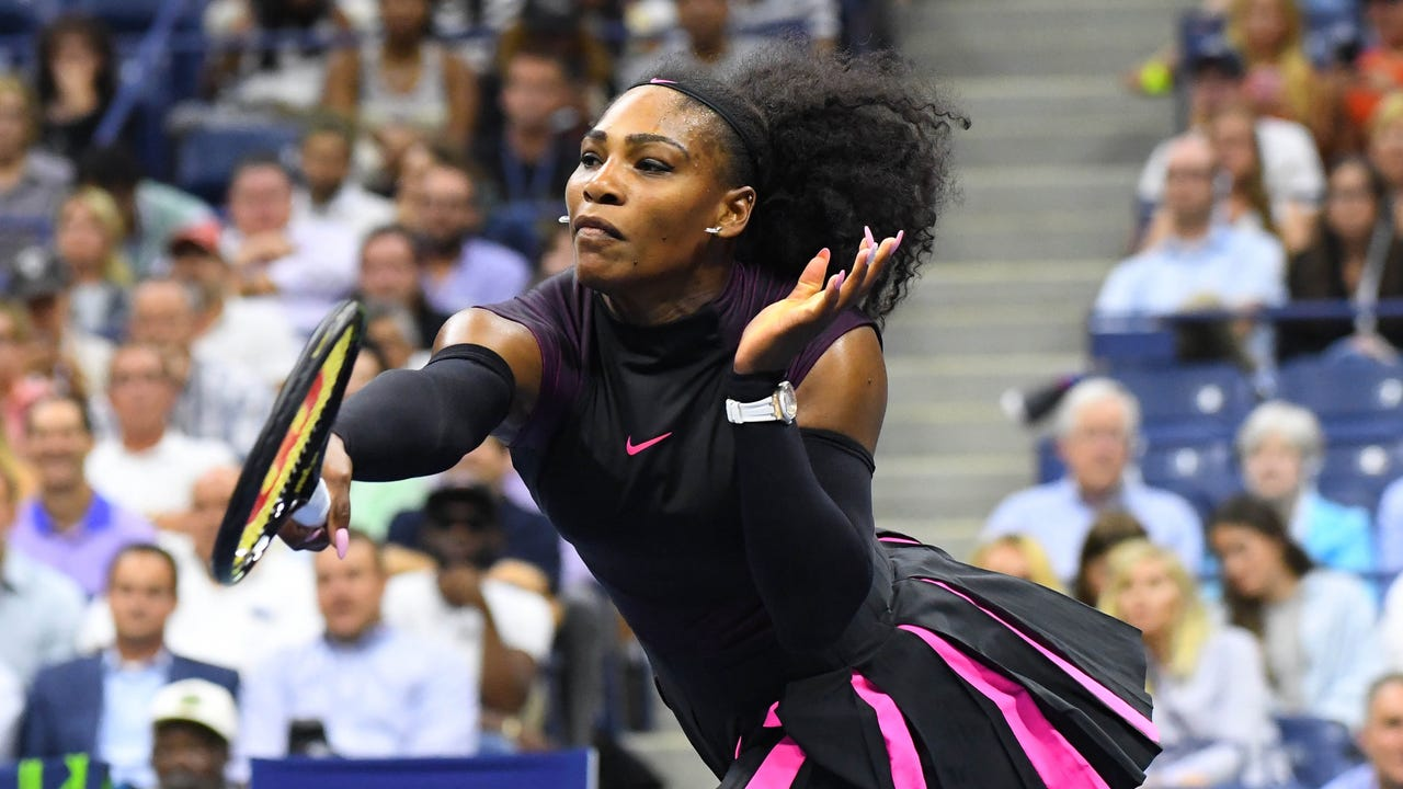 Tennis Channel recaps the second-round action at the U.S. Open, where Serena and Venus Williams both won in straight sets.