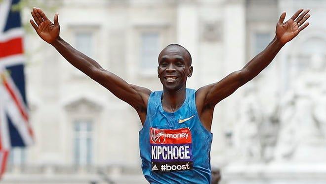 Eliud Kipchoge, shown here winning the 2015 London Marathon, came 24 seconds short of running a marathon in under 2 hours.