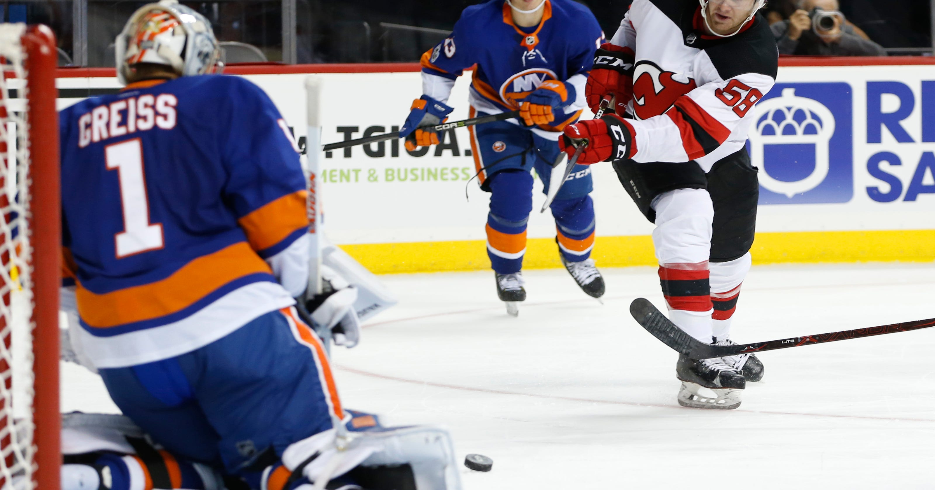 NJ Devils re-assign Mackenzie Blackwood 51613c77c