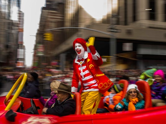 636117880579011644-McDonalds-Clowns-Keom.jpg