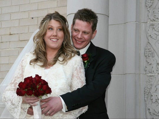 Jennifer Williamson pictured with her husband, Kevin Kennedy. Williamson was one of two people killed in a deadly bus crash on May 17, 2017.