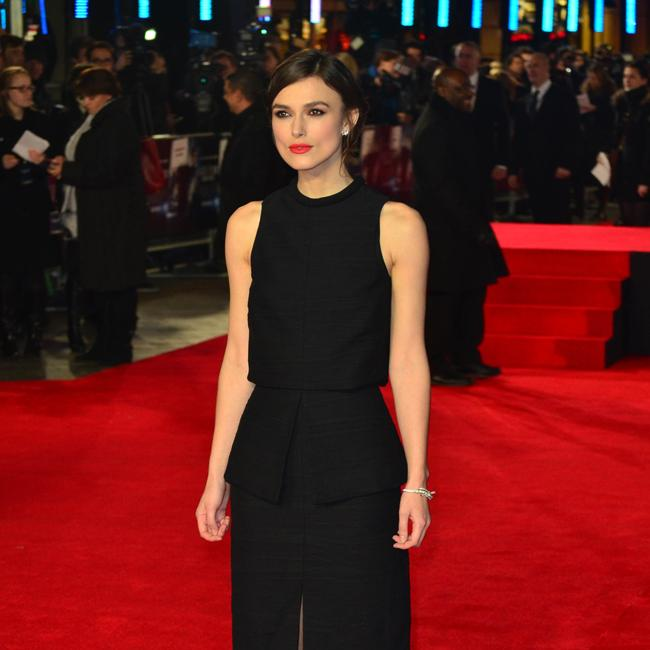 Keira Knightley Kissed Best Girlfriend at Prom, Teacher Disgusted