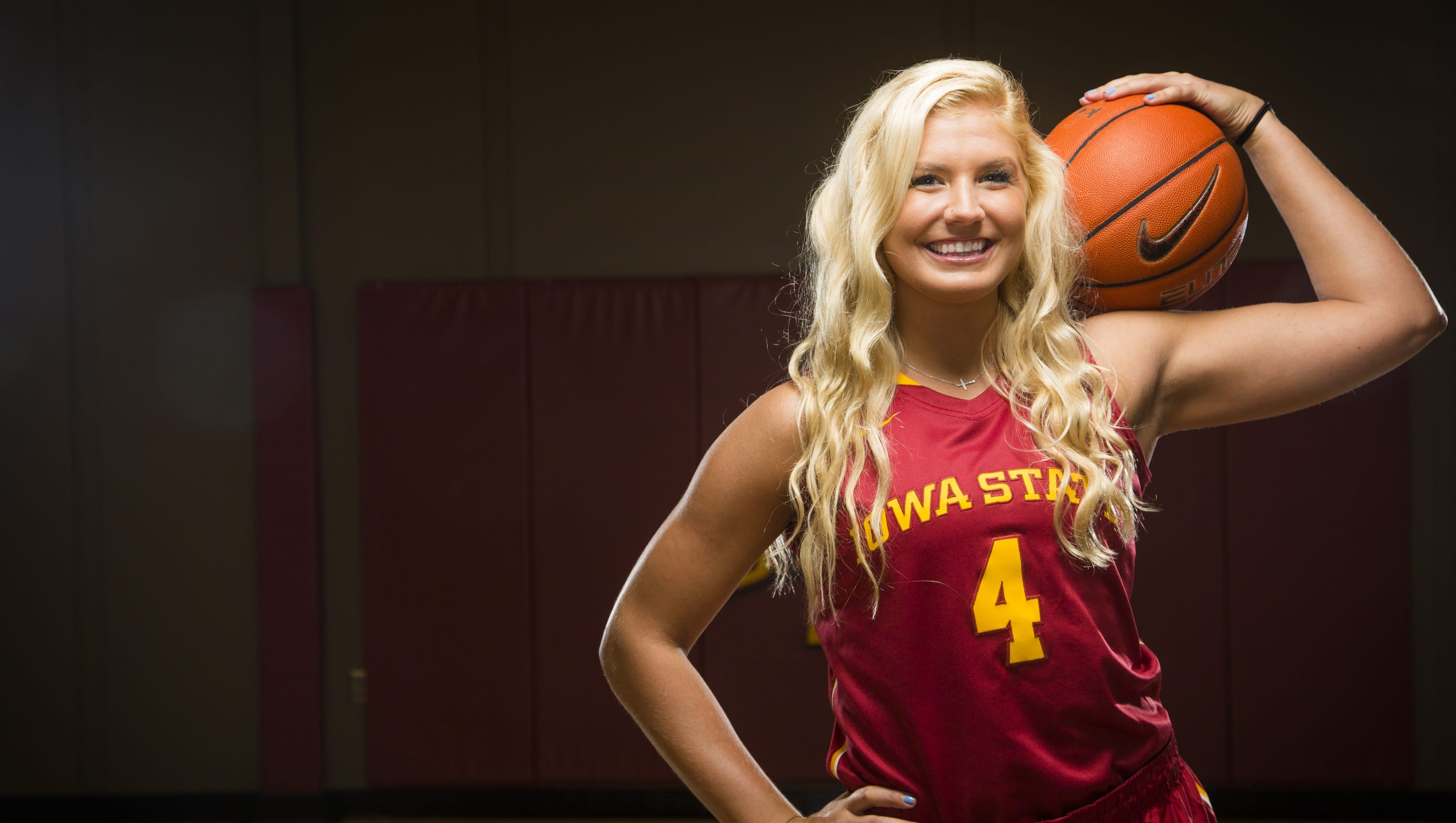 Iowa State women beat Kansas, pick up first Big 12 win