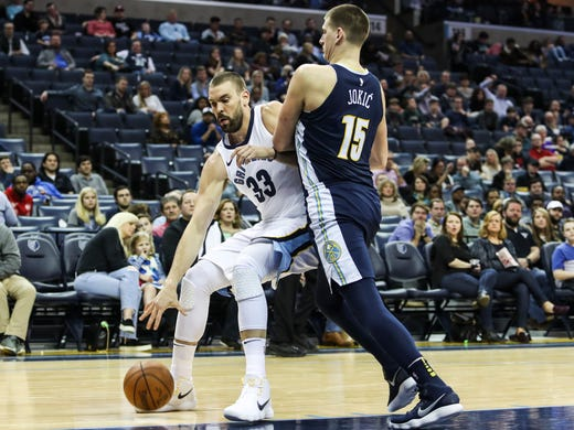 March 02, 2018 - Marc Gasol battles for position with