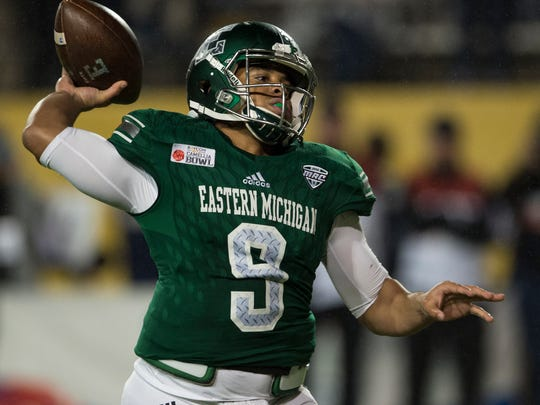 Eastern Michigan quarterback Mike Glass, III, (9) throws a touchdown pass  during the Camellia Bowl  NCAA college football game  in Montgomery, Ala., on Saturday, Dec. 15, 2018. (Jake Crandall/The Montgomery Advertiser via AP)