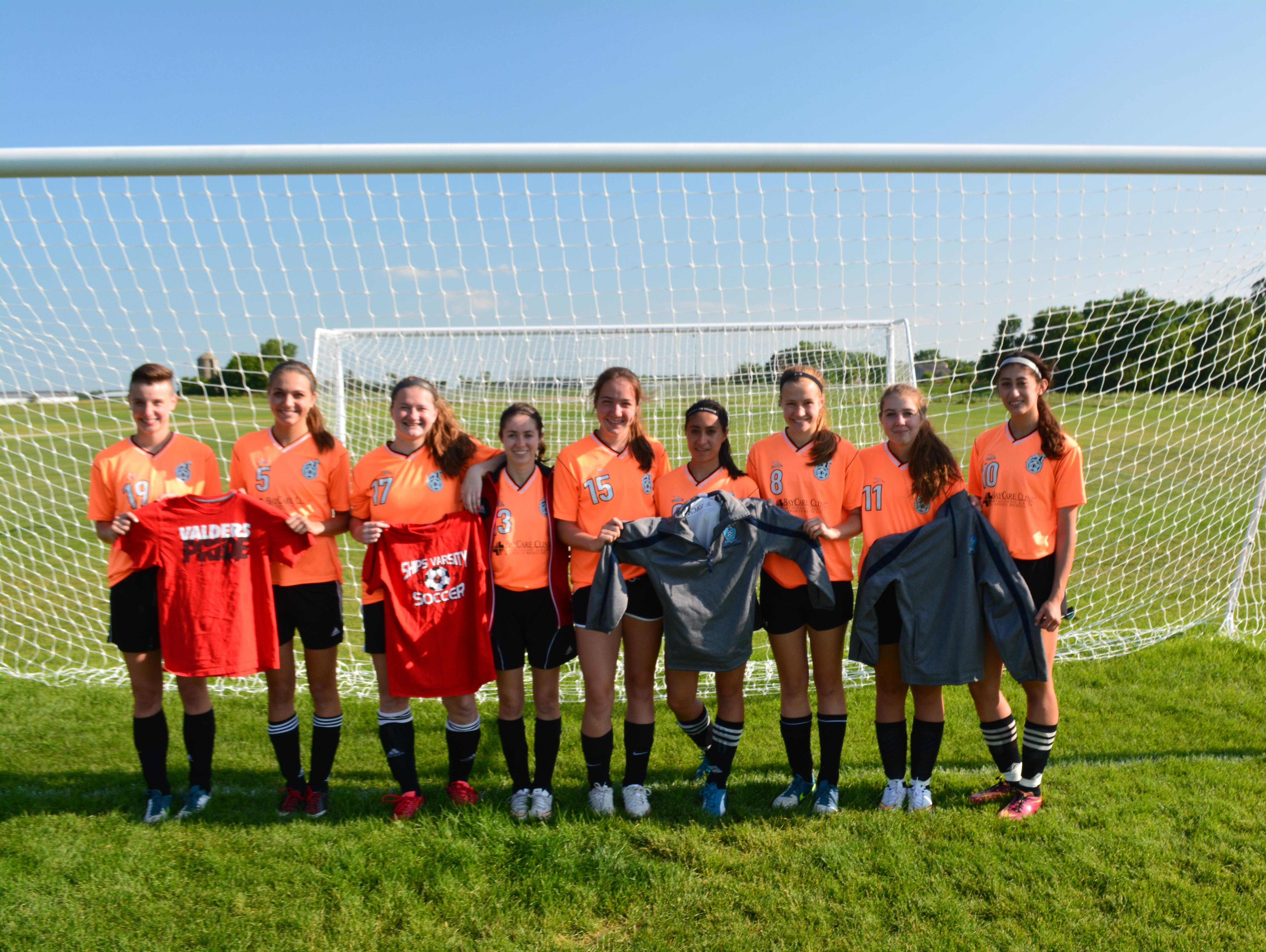 The Manitowoc Goalgetters U-18 girls squad is comprised of players from across Manitowoc County. Pictured, L-R — Amanda Miller, Morgan Kelly, Hollie Nichols, Sydney Gutman. Molly Mleziva, Sophia Vaca, Emma Dramm, Lauren Clark, Andrea Vaca Not pictured — Ellie Pecore and Megan Kronschnabel.