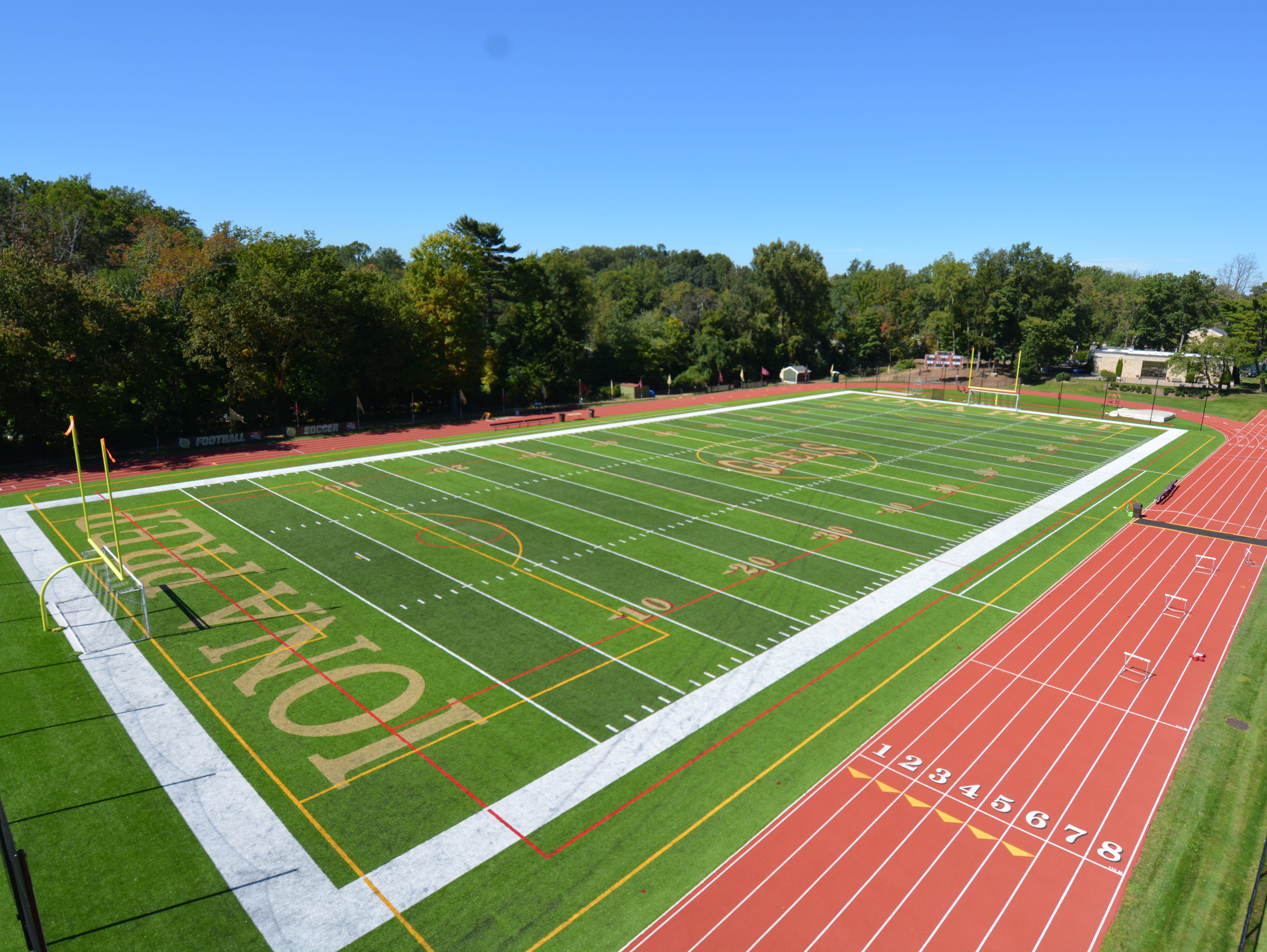 Iona Prep will dedicate its football field to late New York Giants co-owner Wellington Mara on Saturday.