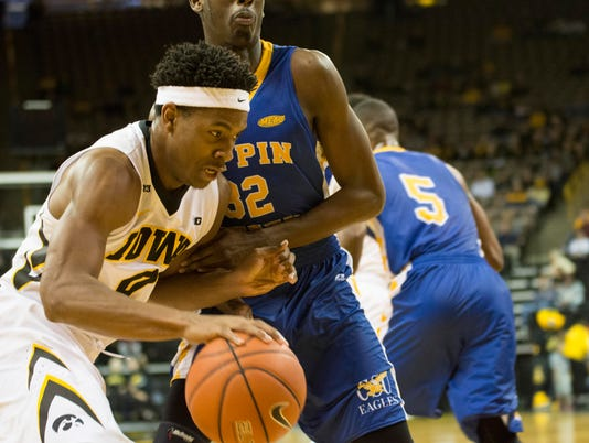 635832098943719007-Iowa-men-vs-Coppin-State-4