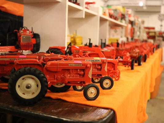 3_toy show