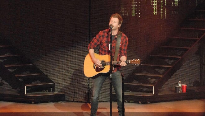 Dierks Bentley opened the concert season at the PNC Bank Arts Center in Holmdel on Thursday night.