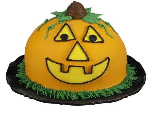 XXX BR-Pumpkin-Patch-Cake