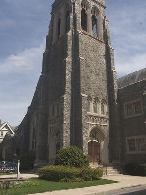 First Presbyterian Church includes three Tiffany windows.