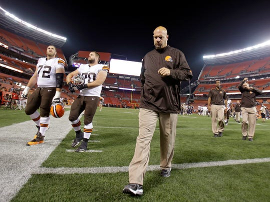 MNCO 0827 Browns, Pettine running out of time