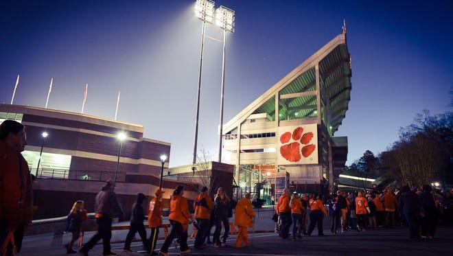 Clemson fans are heading into Memorial Stadium