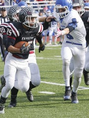 Tim Davis carries the ball for Elmira during a 38-14 victory over Horseheads on Saturday in a Section 4 Class AA semifinal at Marty Harrigan Field.