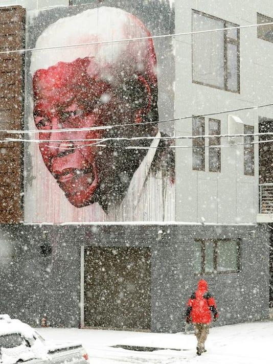 APTOPIX Pennsylvania Mandela Global Reax