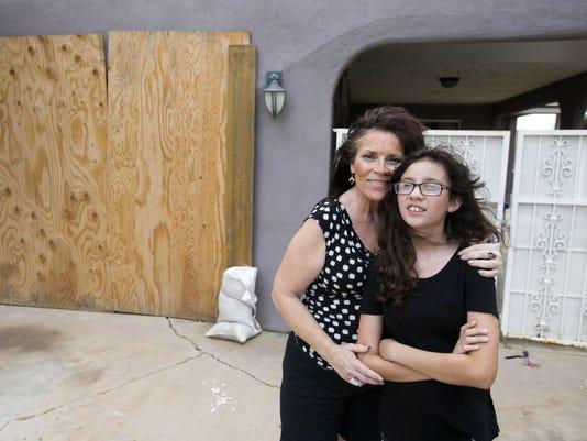Gleason Mesa flood family