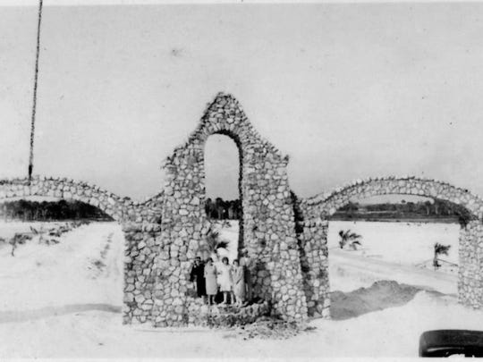 Local developer Tom Phillips erected the arches in 1924 as a grand entrance to his nascent housing development called San Carlos on the Gulf.