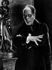 "Lon Chaney strikes the pose in 1925's ""The Phantom"