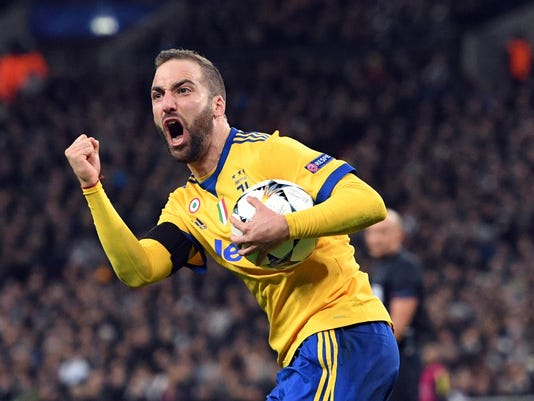 ece75c2e6 Tearful Giorgio Chiellini inspires Juventus to win as Italy mourns