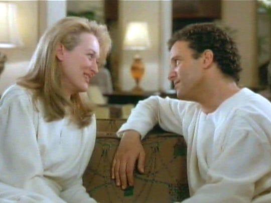 Meryl Streep and Albert Brooks fall for each other