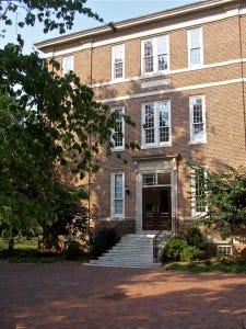 Saunders Hall at University of North Carolina at Chapel Hill