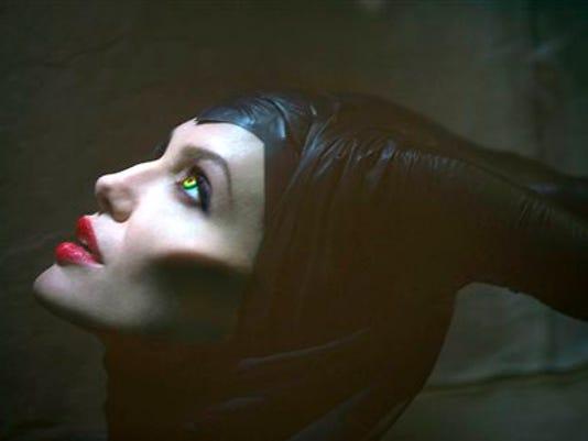 Film-Maleficent-Angel_Diaz (1)