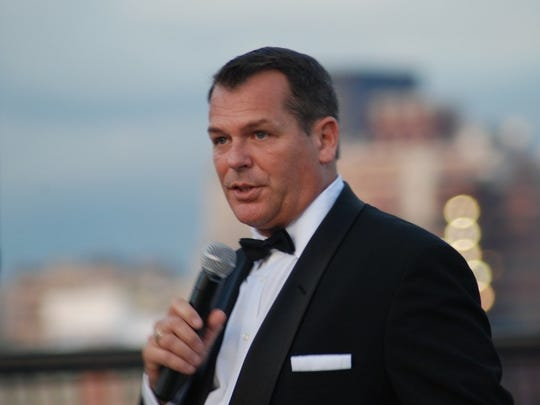 Sean Reilly as Frank Sinatra will perform Wednesday in Wilmington.