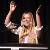 Rachel Platten proves herself after 'Fight Song': 'I am here