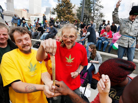 Colorado Marijuana Holiday (2)