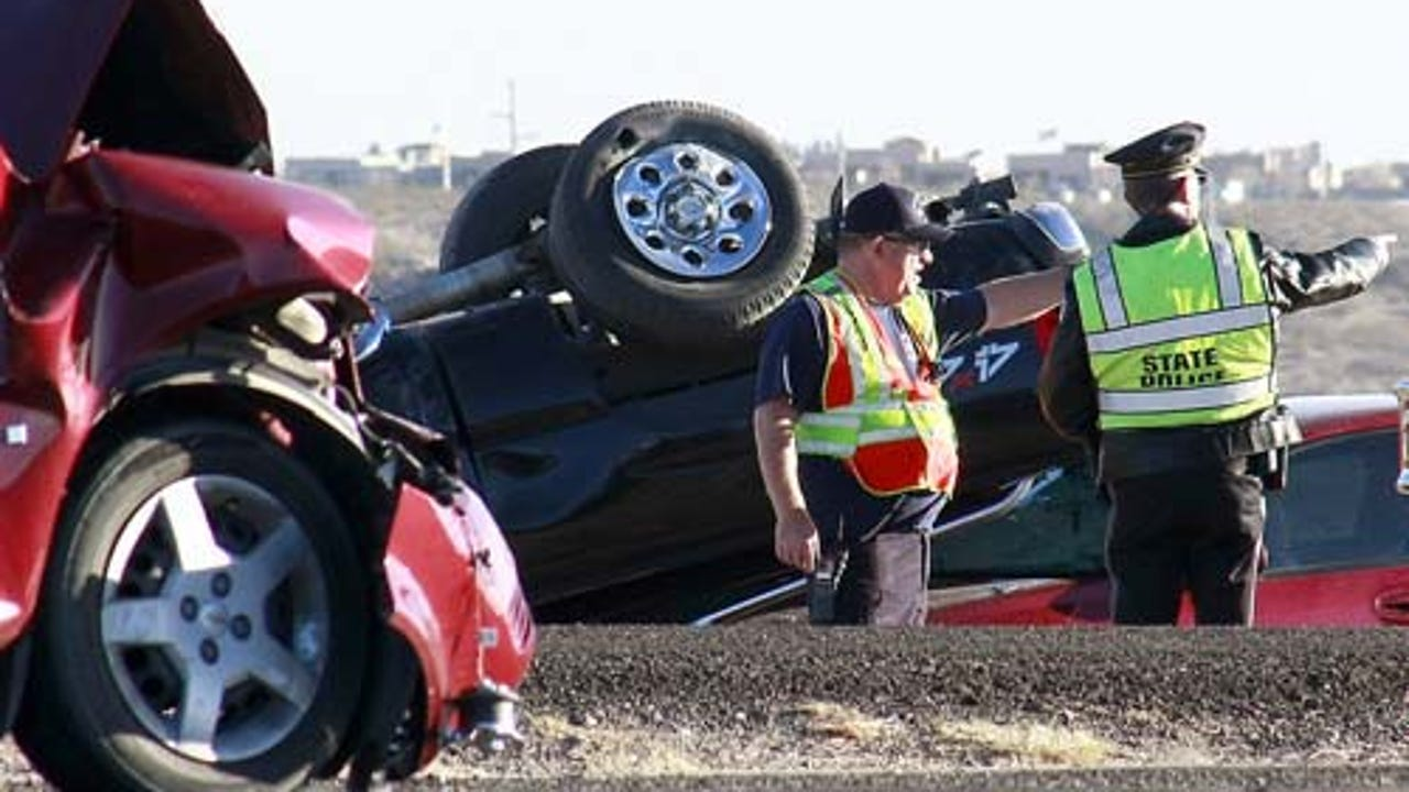Carlsbad man killed in crash on U S  285