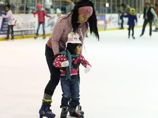 Ice-Skating-5.jpg