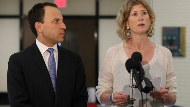 Former UofL Trustees Craig Greenberg and Emily Bingham speak about Friday's announcement by Governor Matt Bevin that President James Ramsey will resign and the Board of Trustees will be overhauled.June 17, 2016