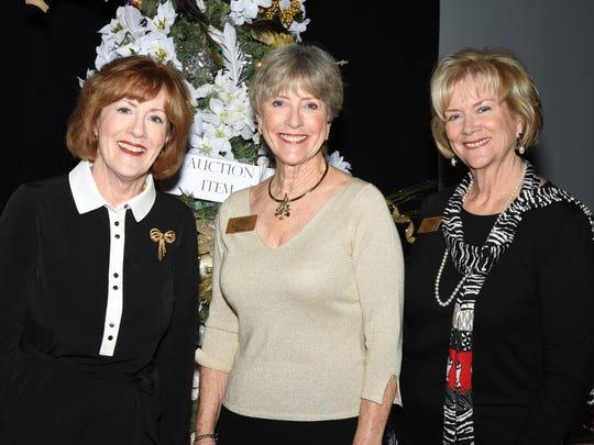 Joanne Kelly, Ellen Peitz, Cathleen Owen