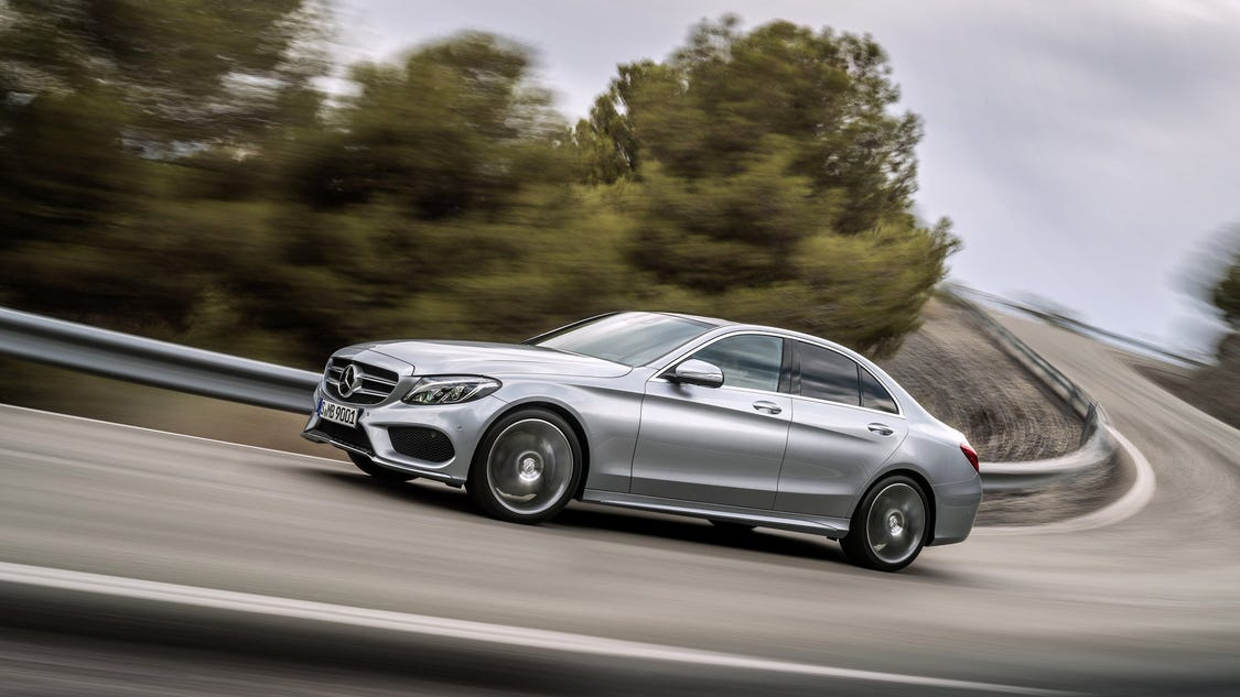Mark phelan 2015 mercedes benz c300 4matic review for 2015 mercedes benz c300 review
