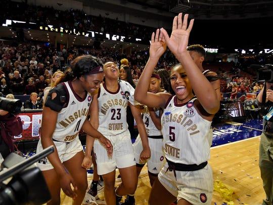 SEC_Arkansas_Mississippi_St_Basketball_33192.jpg