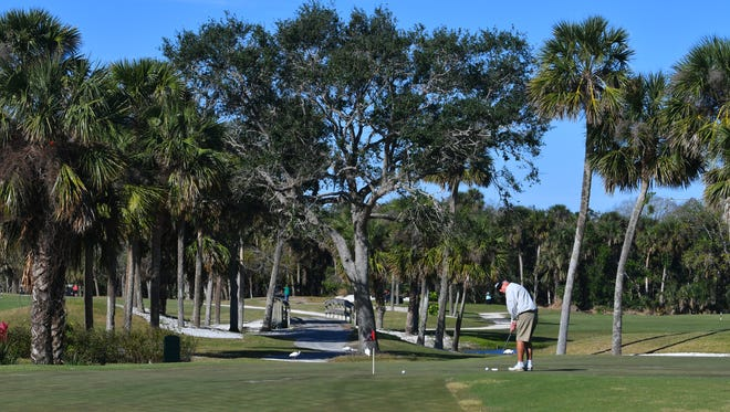 Brevard County commissioners are working to reach an agreement under which The Savannahs at Sykes Creek Homeowners' Association would acquire control of the Savannahs golf course in their Merritt Island community.