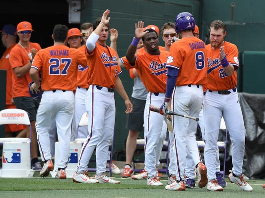 NCAA_St_Johns_Clemson_Baseball_84473.jpg