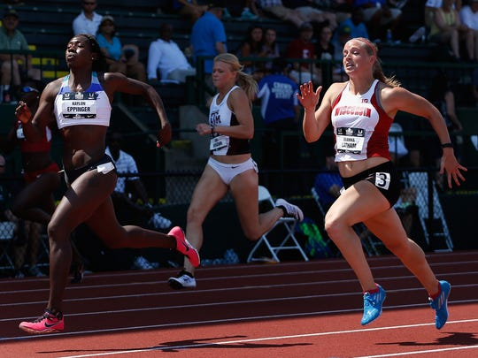 Kaylon Eppinger, left, is training with Altis in Phoenix
