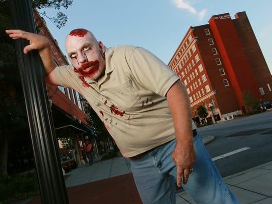 636123853063378750-zombie-pub-crawl.JPG