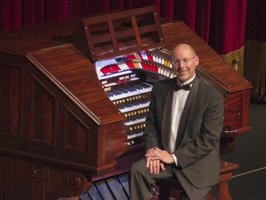 David Peckham will provide live organ accompaniment