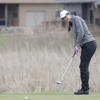 Greenhoff leads Dell Rapids golf squad at Dakota XII meet