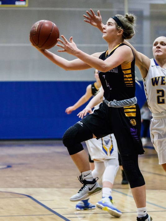 wcn_NBE_ghoops_0308