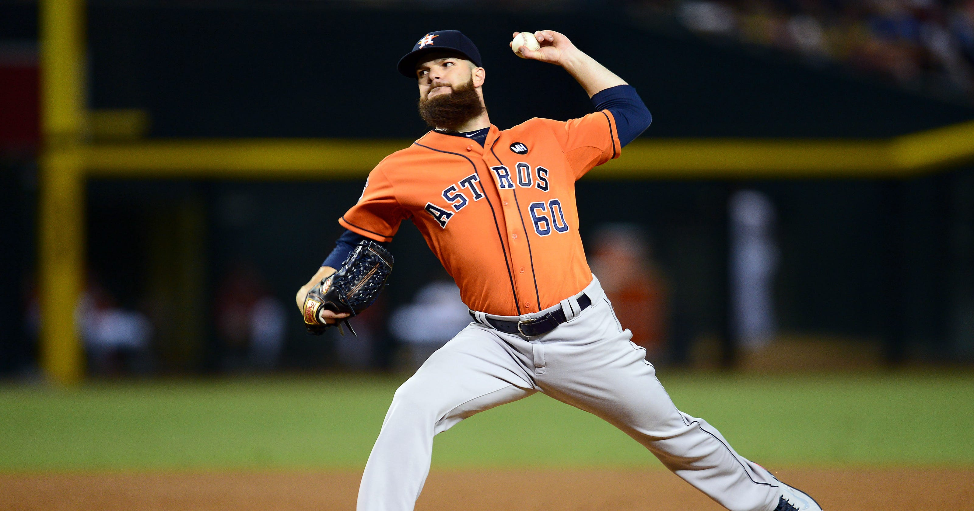 dallas keuchel leads astros in rout of diamondbacks, close in on
