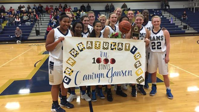 The Roberson girls basketball team.