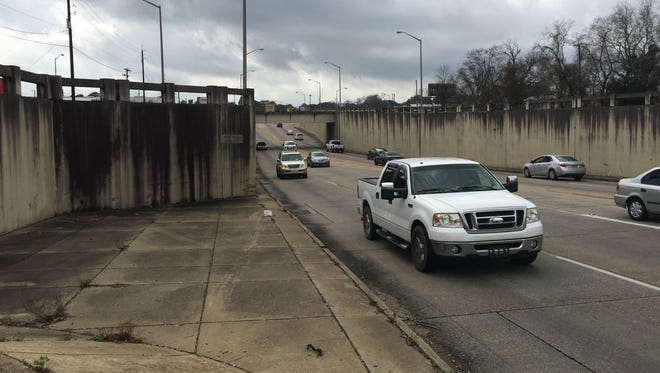 Aesthetic changes are proposed for the University Avenue underpass in Lafayette, LA.