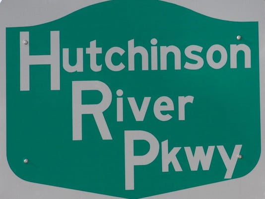 Hutch Parkway sign.jpg